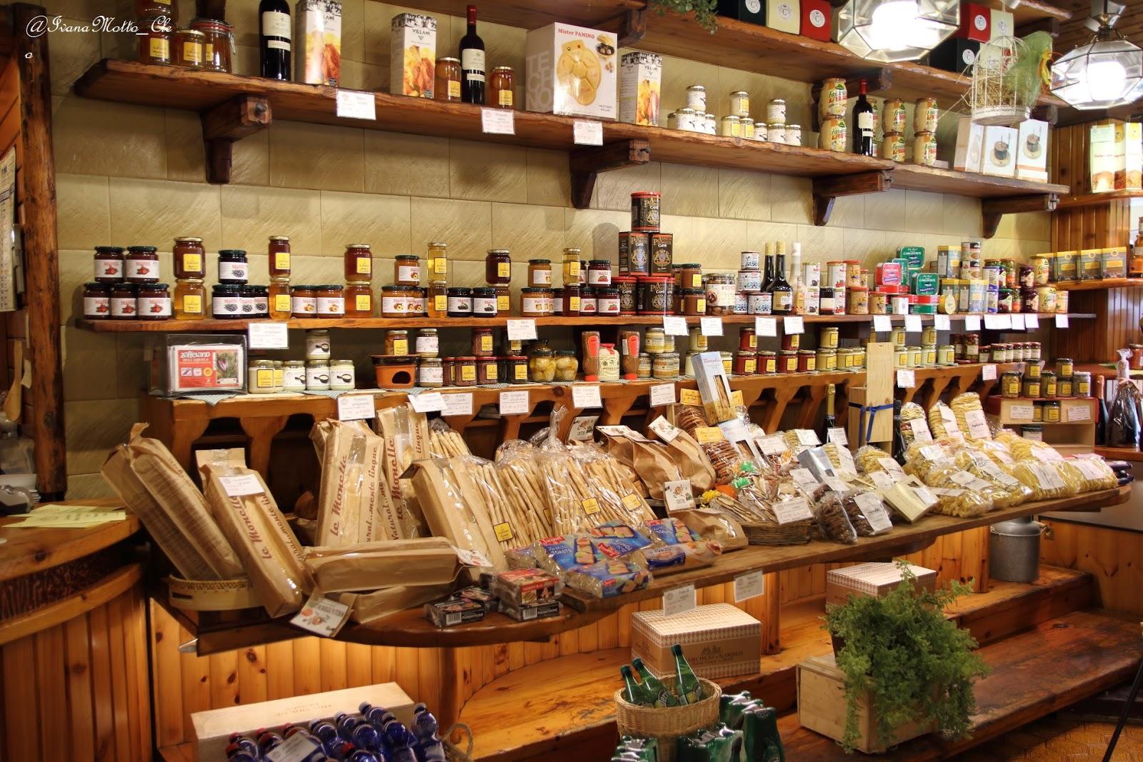 """Photo of Chiude dopo 55 anni la """"boutique"""" dei formaggi di via Lagrange"""