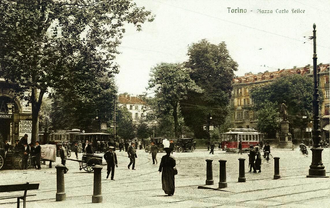 Piazza Carlo Felice..