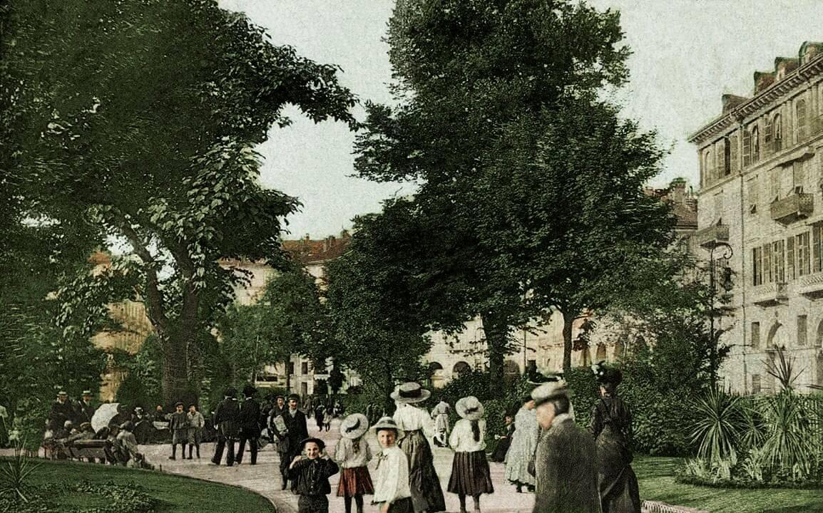 Piazza Carlo Felice.