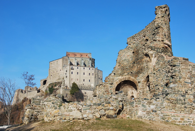 Sacra San Michele e Sepolcro dei Monaci
