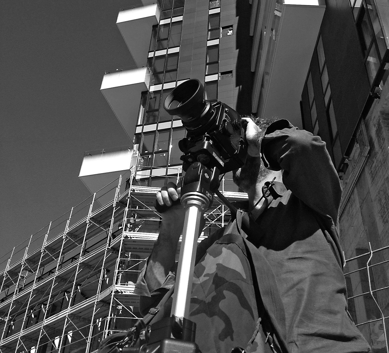 Photo of Prodotti e contesti industriali raccontanti in b/n dal fotografo Biddau