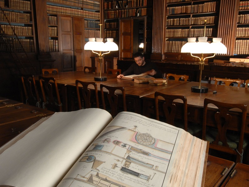 Photo of S'aprono le stanze inaccessibili delle biblioteche