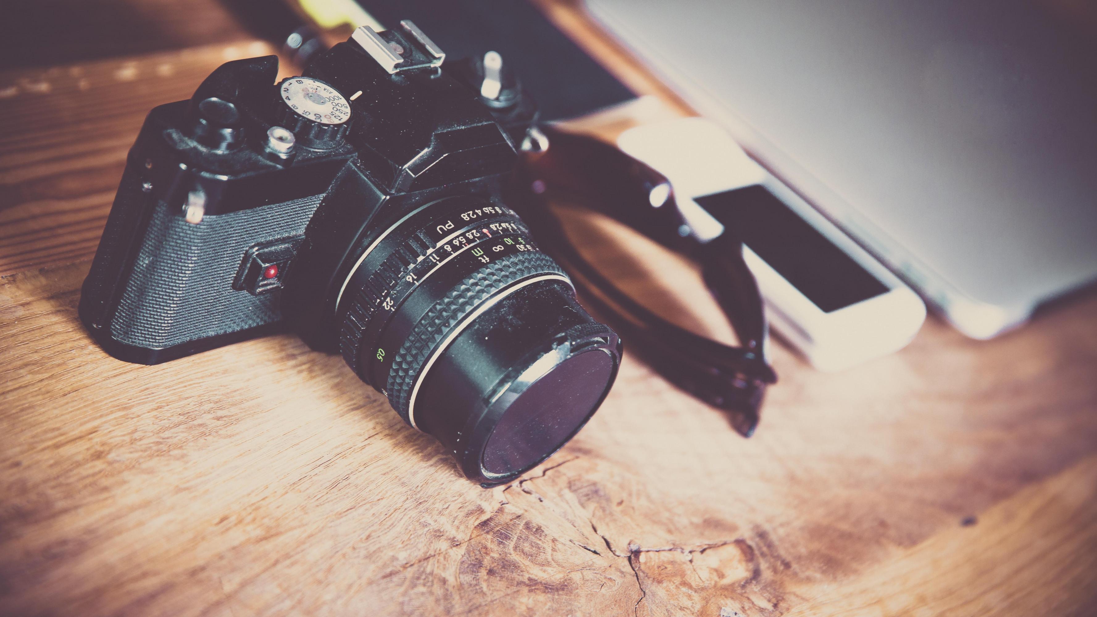 """Photo of """"Bra in un click"""": caccia al tesoro fotografica tra le vie della città"""