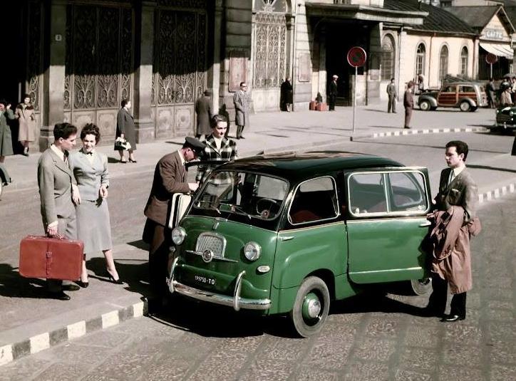 taxi 600 Multipla presso Porta Susa,1956