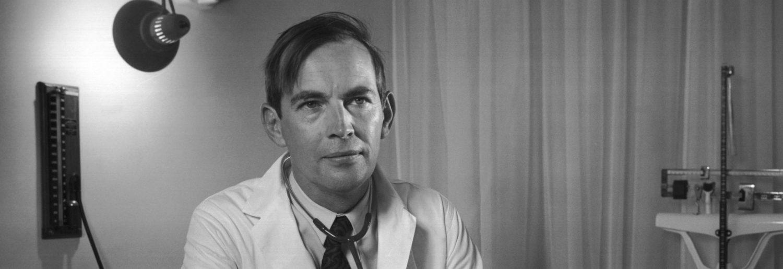 Photo of Intervista virtuale al pioniere dei trapianti di cuore Christiaan Barnard