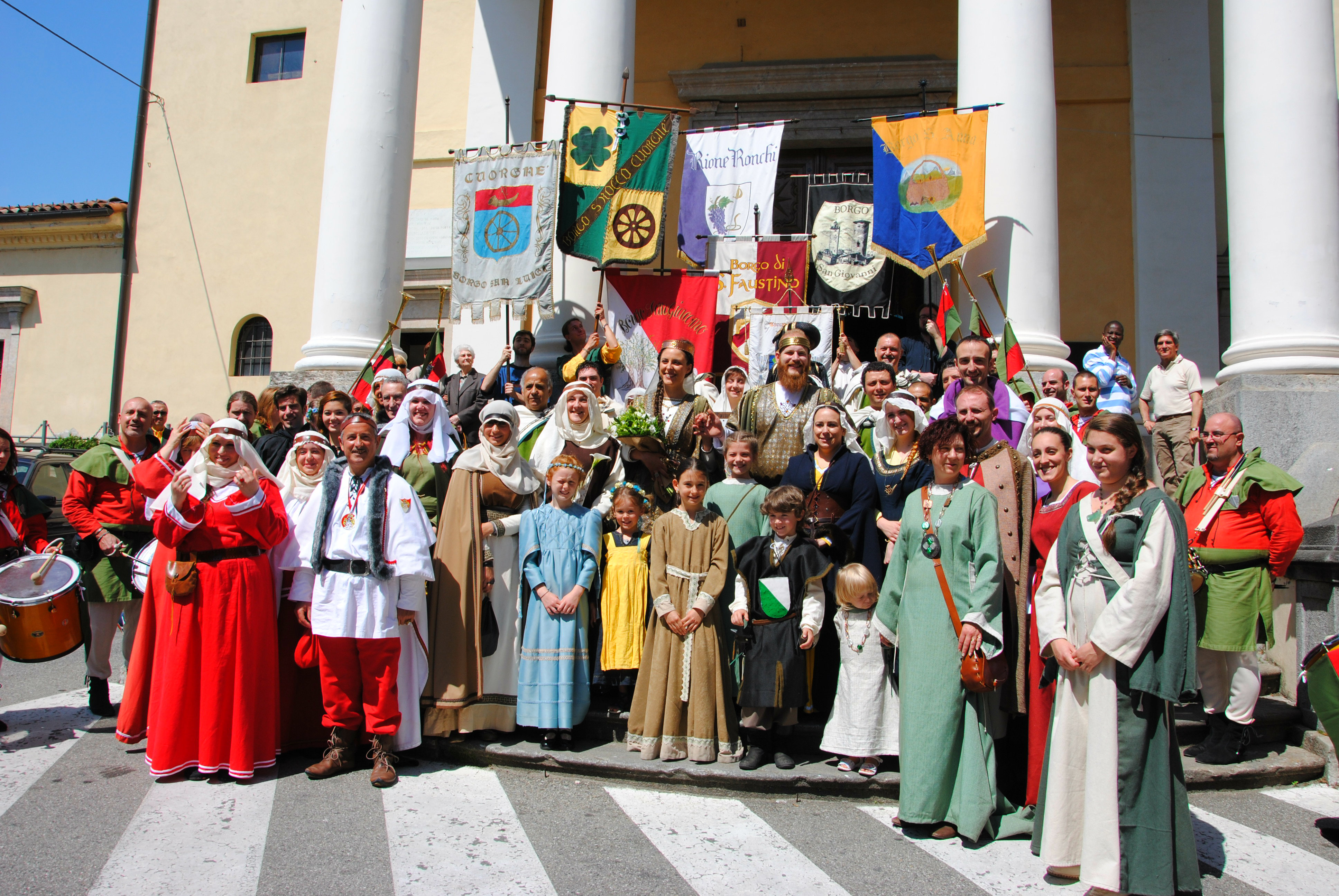 Photo of Al via il Torneo di Maggio, Cuorgnè si riveste in abiti medievali