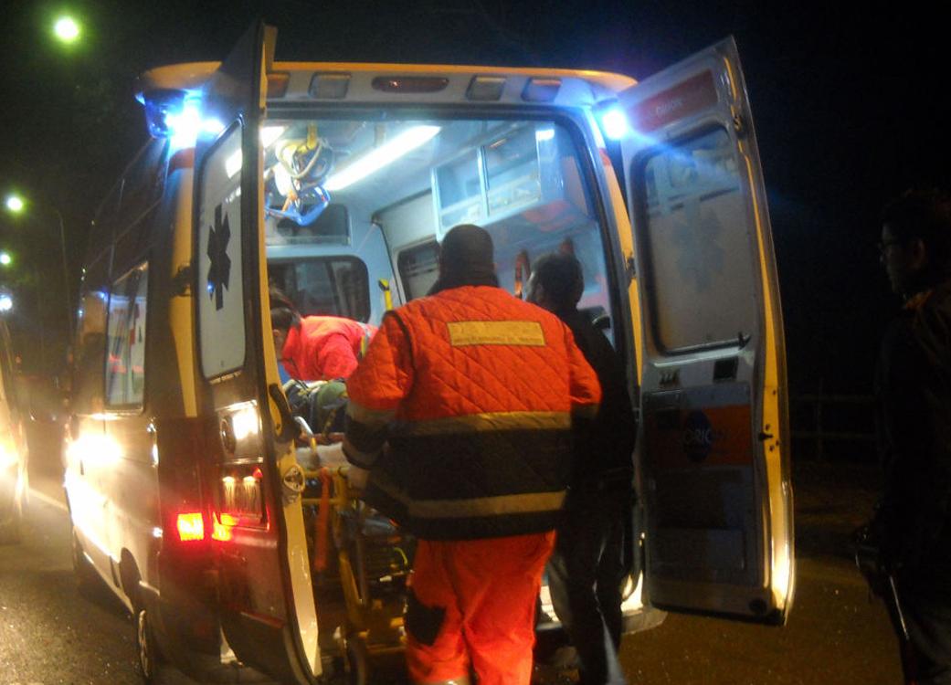Photo of Travolto e ucciso da un tram all'uscita dell'ospedale Gradenigo