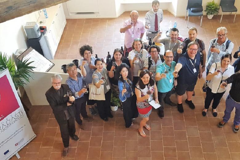 Photo of Sedici grandi esperti internazionali del vino ospiti a Costigliole d'Asti