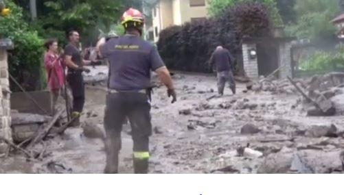 """Photo of Una frana si abbatte su Bussoleno, 120 persone evacuate. La sindaca: """"Un disastro"""""""