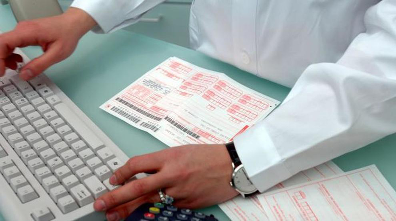 Photo of Prescrizione esami e farmaci, in Piemonte anche gli specialisti avranno la ricetta dematerializzata