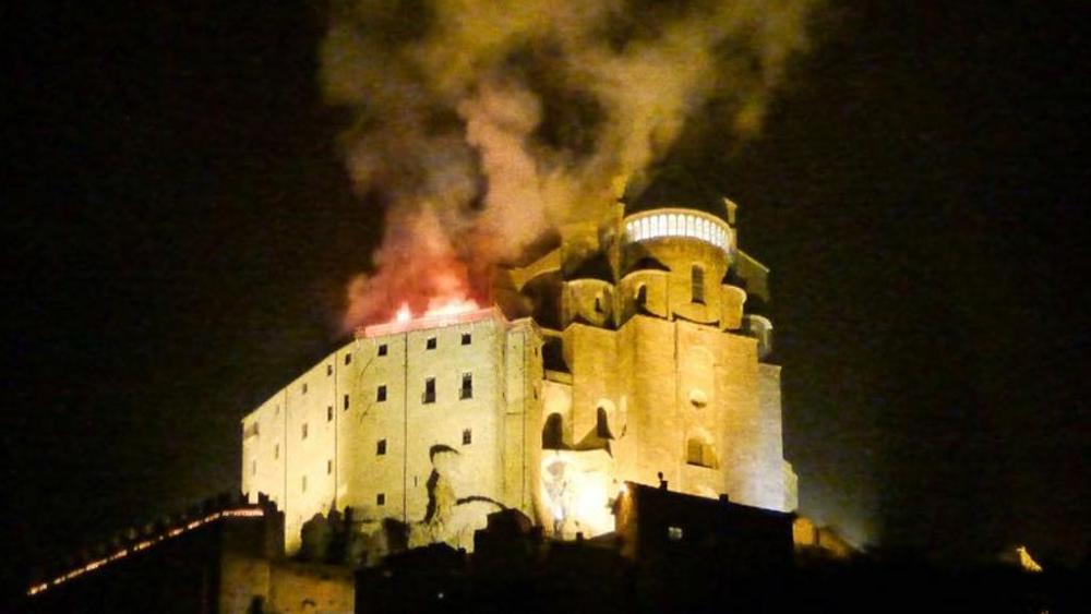 Photo of Il perito: a causare l'incendio alla Sacra di San Michele fu un innesco nel cantiere