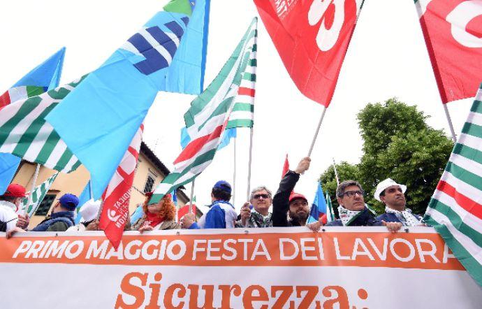 Photo of Lavoro, due ore di sciopero a Torino per protestare sulla mancanza sicurezza