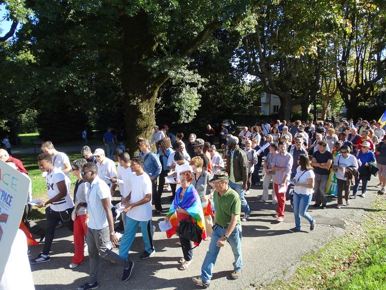 Photo of A Bra, in marcia per la pace oltre 2.000 studenti volontari e docenti