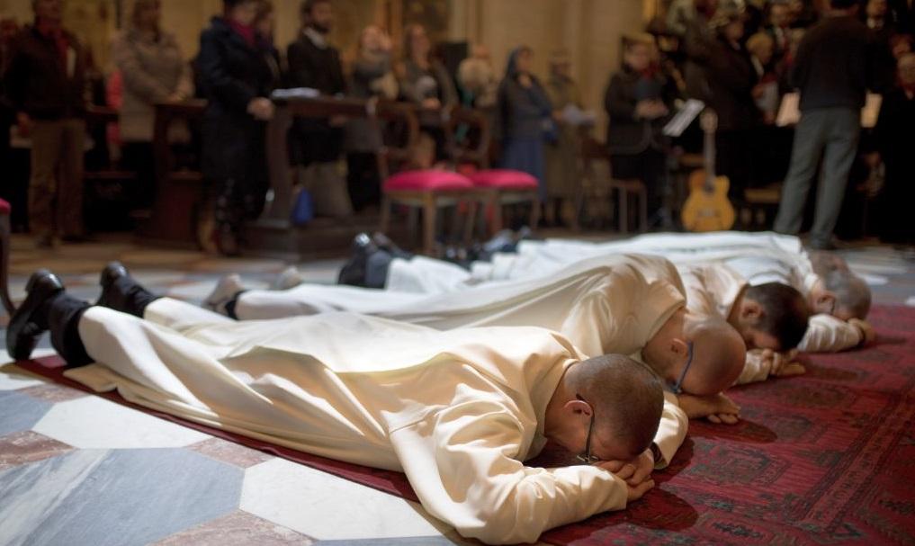 Photo of Due nuovi preti e un diacono ordinati sabato prossimo in Duomo da monsignor Nosiglia