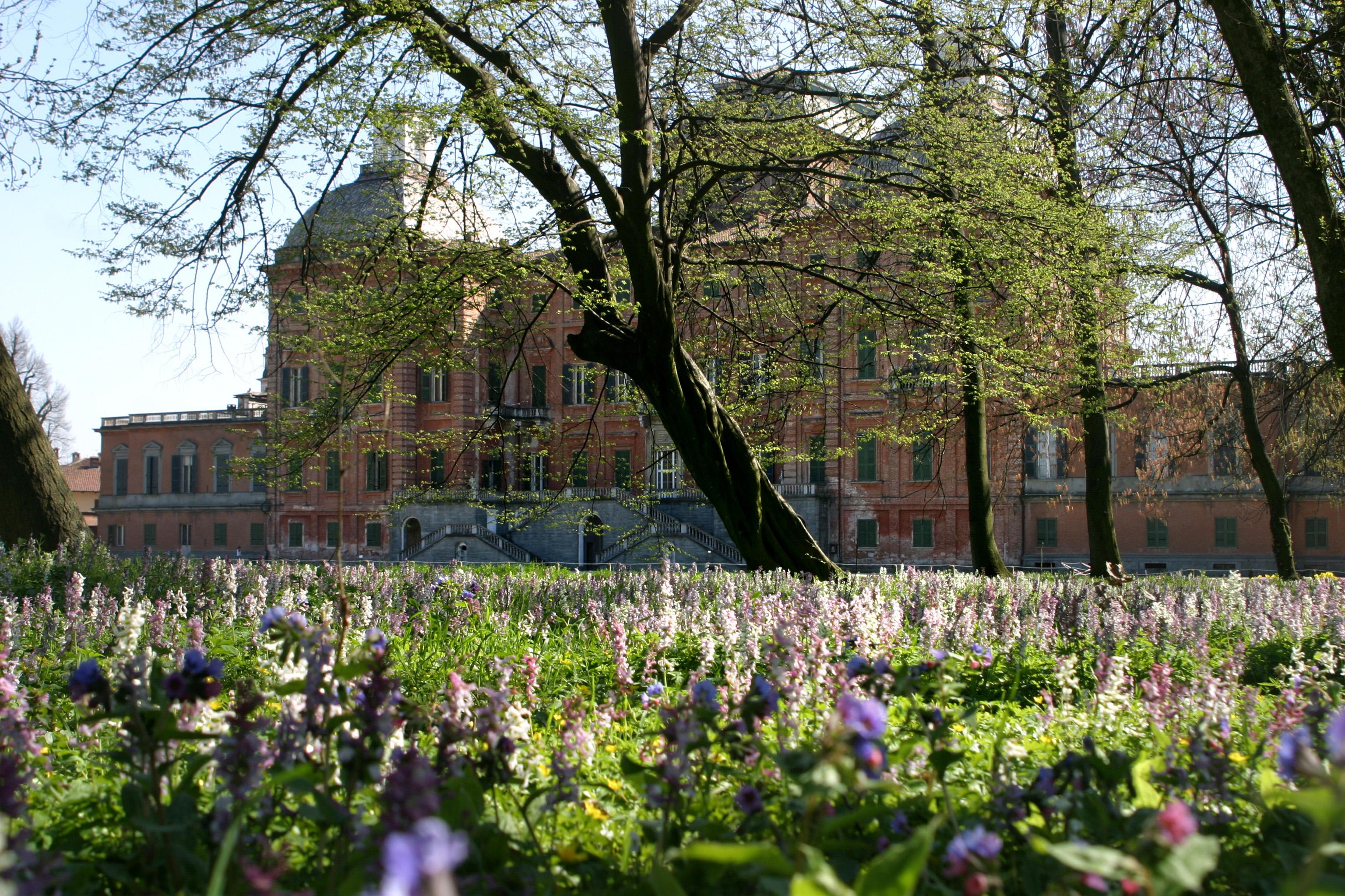 Photo of Una domenica tra passeggiate e teatro nel parco del Castello di Racconigi