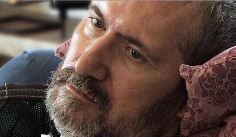 """Photo of L'addio ad Alberto Damilano, lo scrittore che ha """"raccontato"""" la Sla con gli occhi"""