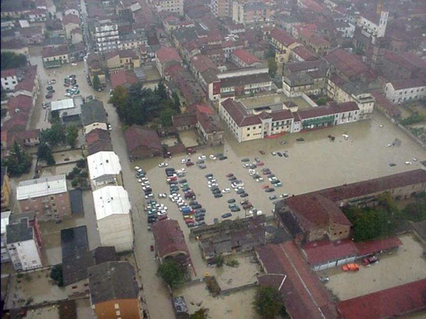 Photo of Alluvioni torinesi, un libro e una borsa di studio: dalla tragedia alla prevenzione