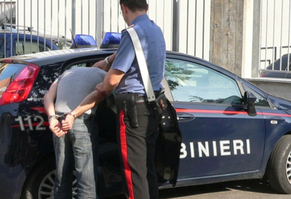 Photo of Spacciavano nel parco giochi di Volvera: arrestata coppia di 35 e 21 anni