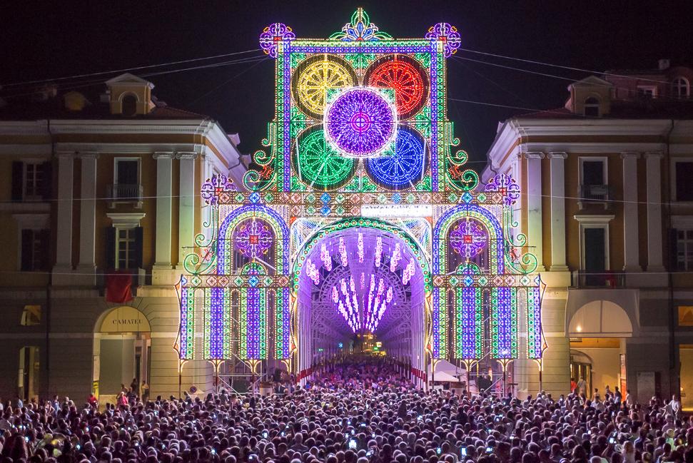 """Photo of Cuneo illuminata, in città dal 13 al 21 luglio arriva """"Luci d'Artista"""""""