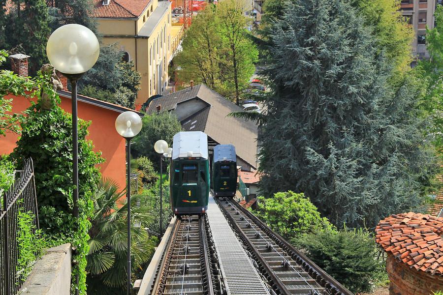 Photo of Biella, torna in funzione la funicolare per il Piazzo: era chiusa da quattordici mesi