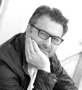 Il fotografo Gianni Oliva