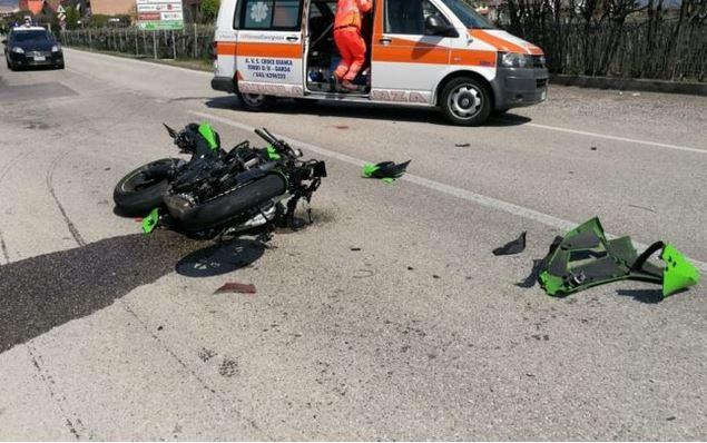 Photo of Motociclista di 26 anni di Ivrea muore dopo lo scontro con un Fiat Doblò