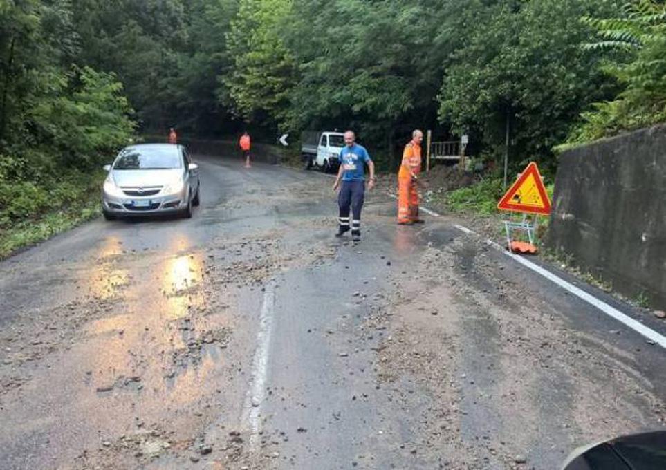 Photo of Grandinate nel Torinese, allagamenti nel Casalese: numerosi danni provocati stanotte dal maltempo
