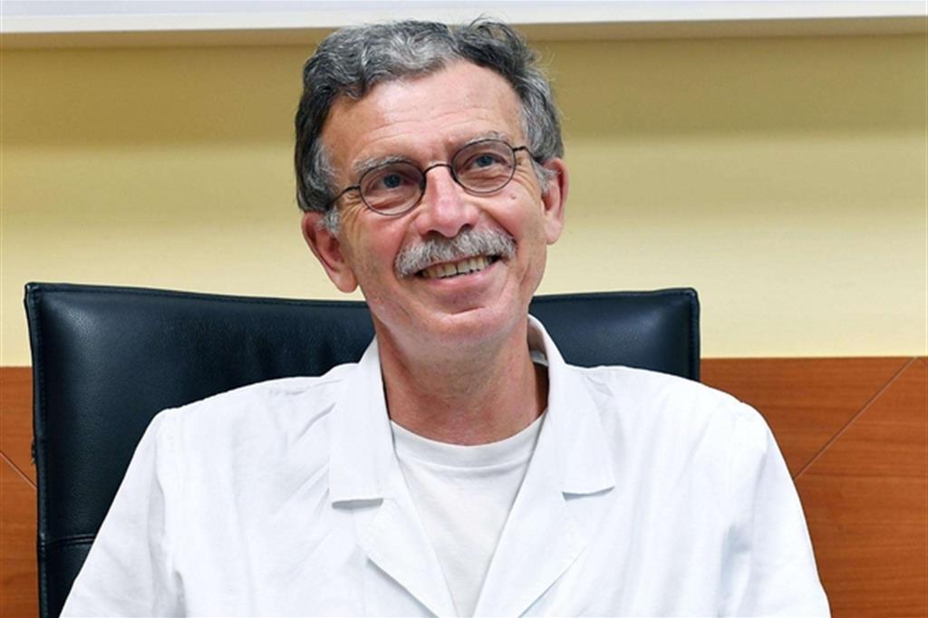 Photo of C'è anche Mauro Salizzoni  tra le migliaia di medici che si offrono volontari
