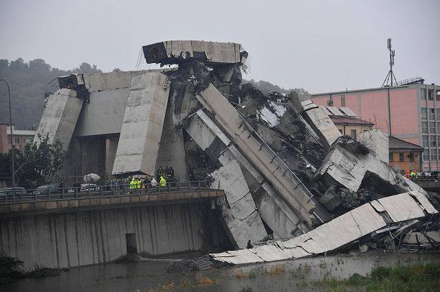 Photo of Tragedia di Genova, ritrovata sotto le macerie l'auto con i corpi di mamma, papà e figlia di Oleggio