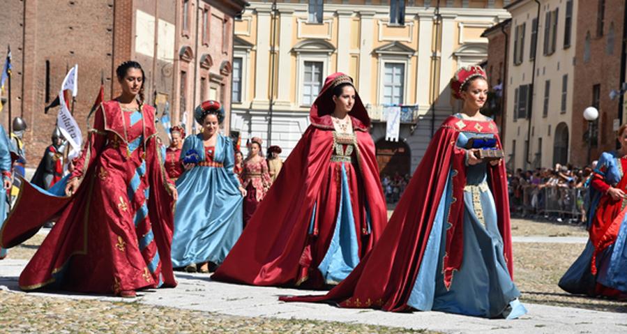 Photo of Palio di Asti, un'intera comunità al lavoro per l'imponente sfilata del 2 settembre