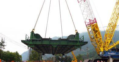 Sostituita la travata ferroviaria sulla Dora ad Oulx: ripresa la circolazione ferroviaria per Modane