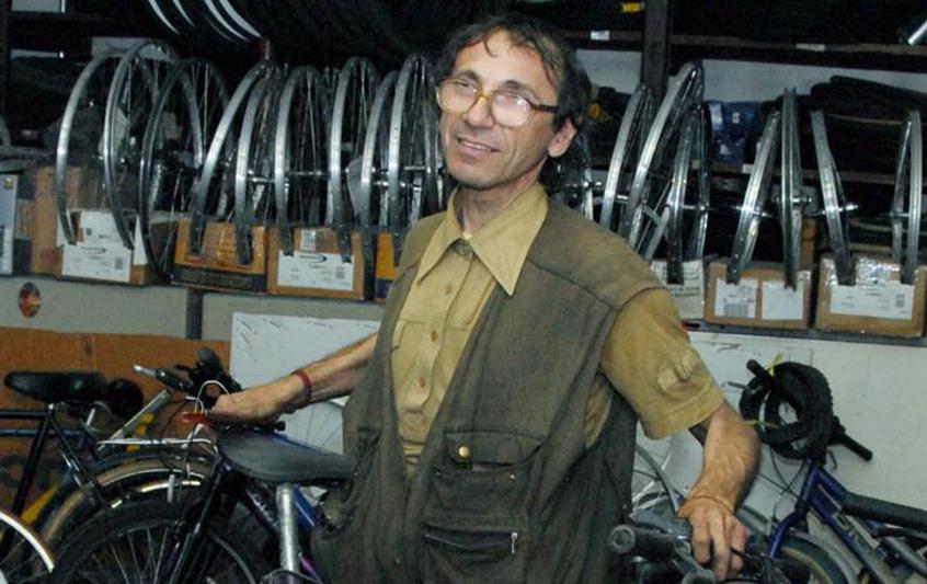 Photo of Domani le esequie dell'artigiano ucciso a Vercelli: ancora nessuna svolta nelle indagini