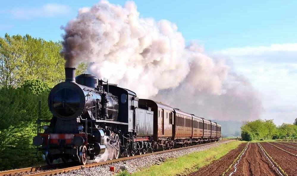 """Photo of Un viaggio alla """"Fiera di San Martin"""" di Canelli a bordo dello storico treno a vapore"""