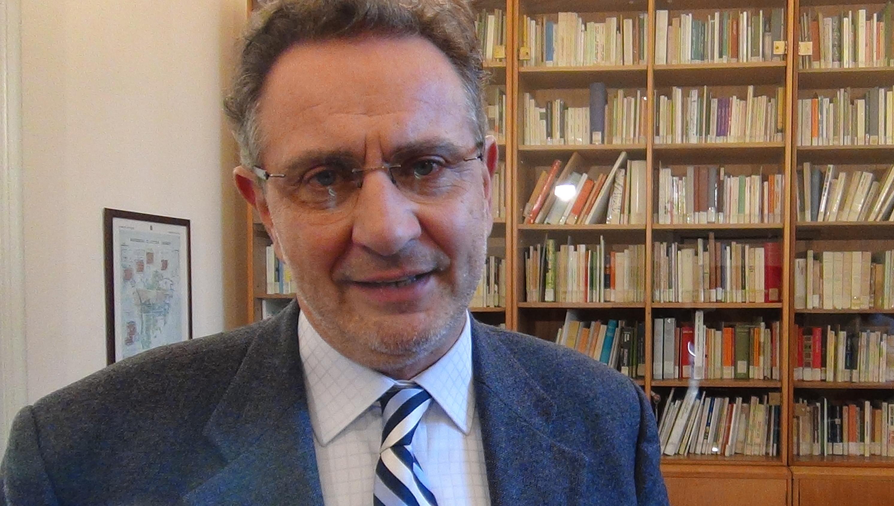 """Photo of Il volume """"Un anno in Piemonte"""" di Beppe Gandolfo presentato oggi a Bardonecchia"""