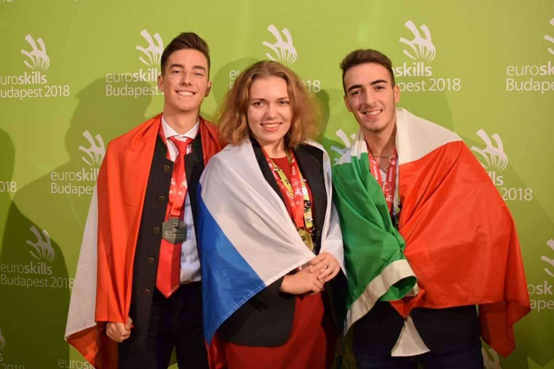 Photo of Campionati europei dei mestieri, un grafico torinese è di bronzo a Budapest