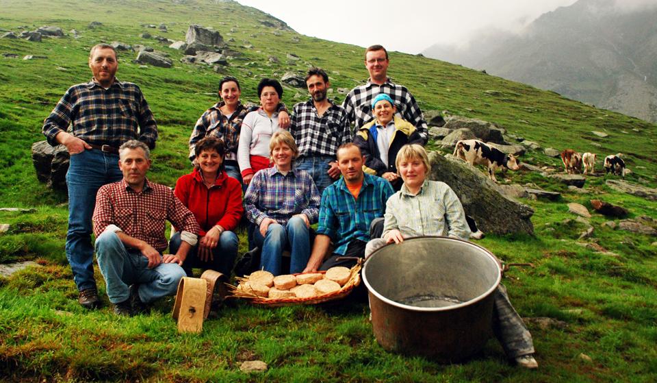 Photo of Alla festa rurale di Coazze grande protagonista è il formaggio cevrin