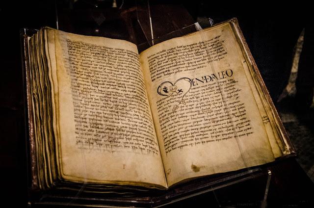 """Photo of Il """"Vercelli Book"""" per 4 mesi in mostra a Londra con altri preziosi manoscritti"""