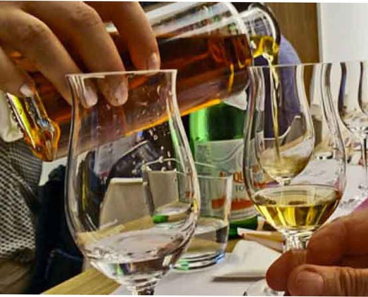 """Photo of Undici distillerie piemontesi aprono i battenti per mostrare l'arte del """"lambiccare"""""""