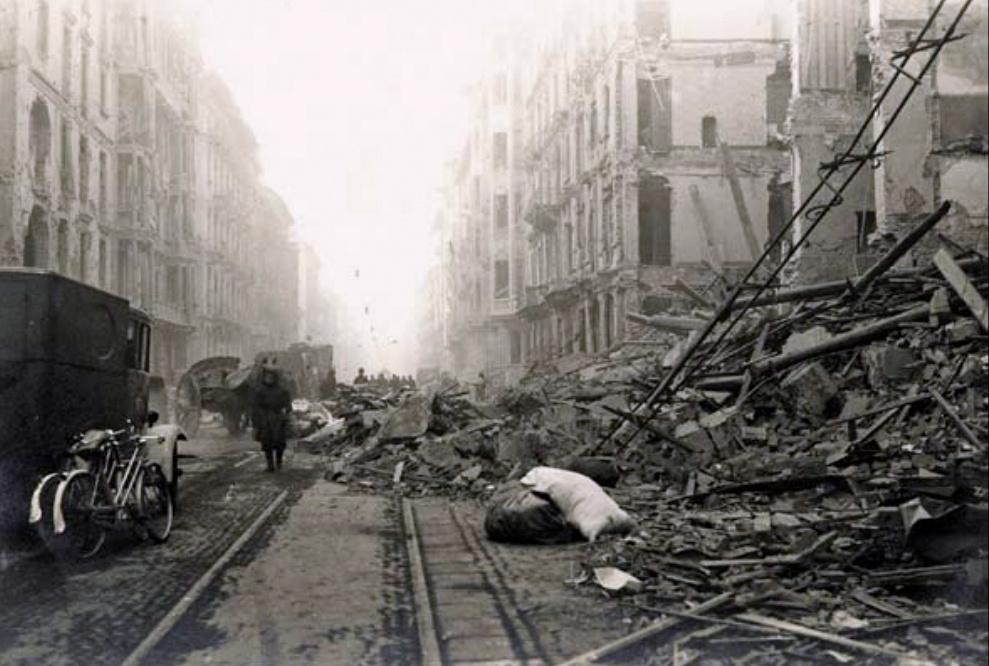 Photo of Torino, la città più bombardata d'Italia durante la Seconda Guerra Mondiale