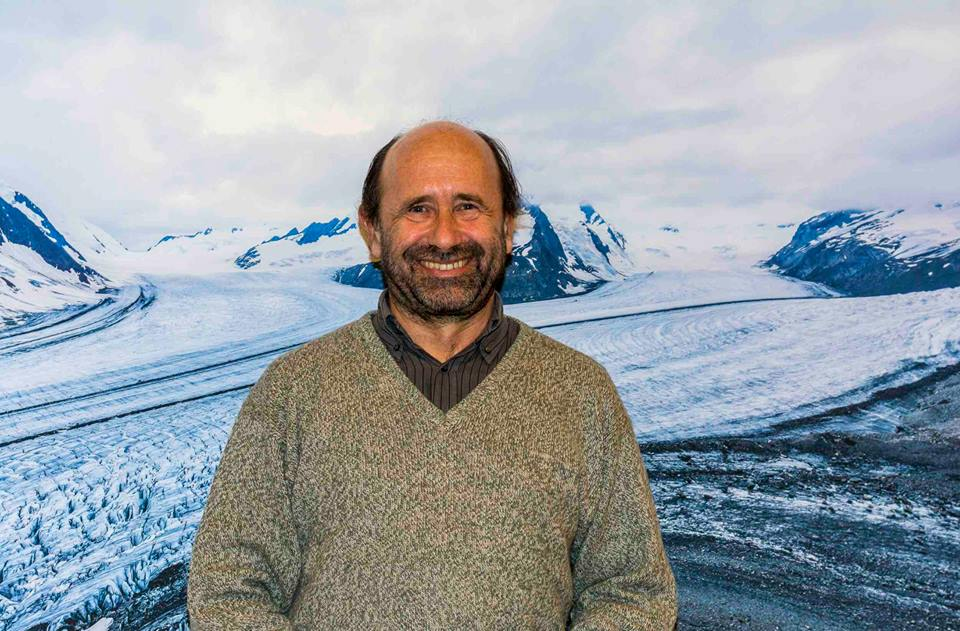 Photo of Enrico Camanni, quando la passione per la montagna diventa scrittura