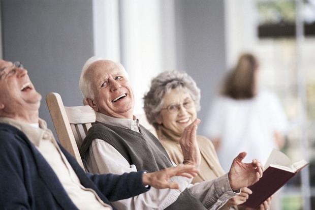 Photo of Gli anziani della casa di riposo di San Maurizio si scoprono scrittori esordienti