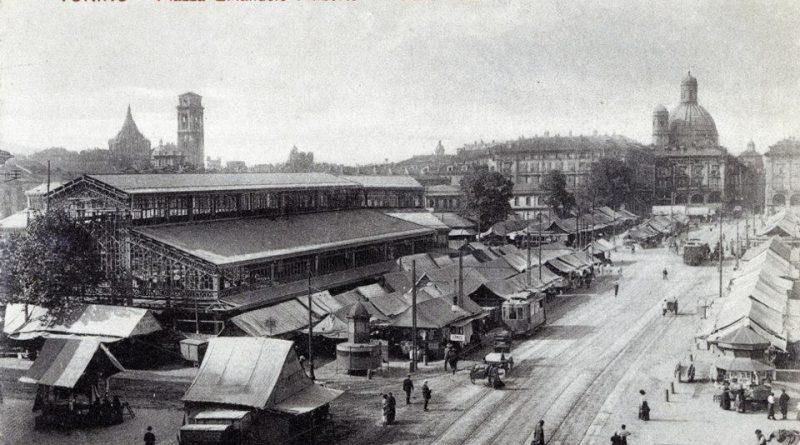 Porta Palazzo, storia e folklore del più grande mercato all'aperto d'Europa