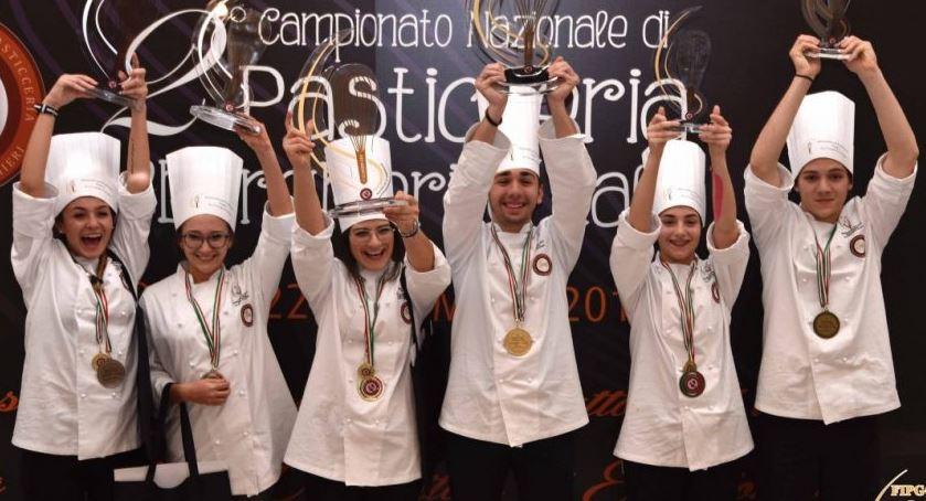 Photo of Campionato nazionale di pasticceria, secondo posto per l'Alberghiero di Mondovì