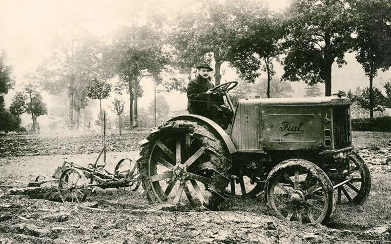 Photo of Compie 100 anni il primo trattore Fiat: New Holland festeggia con un concept-prototipo