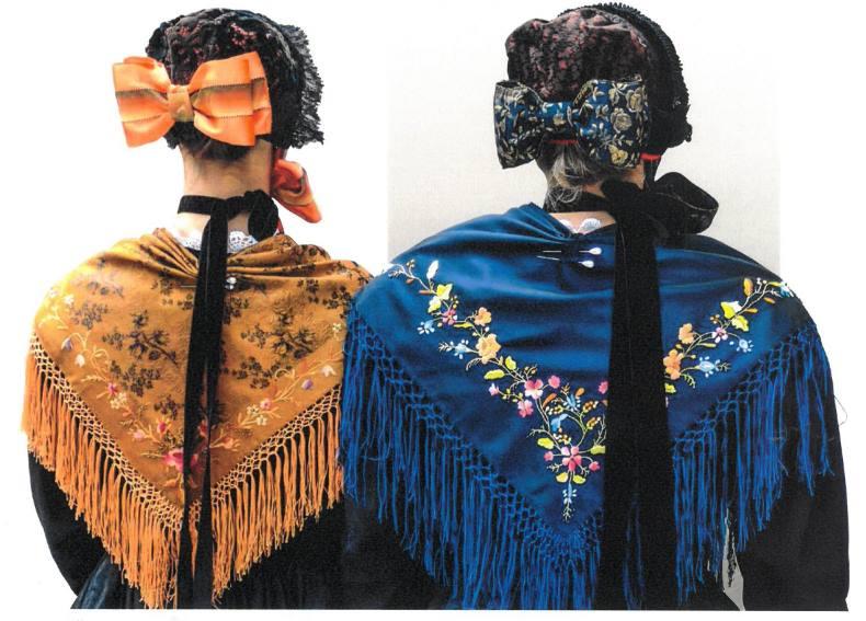 """Photo of Nel libro """"La Roba Savouiarda"""" le tradizioni piemontesi legate all'abbigliamento"""