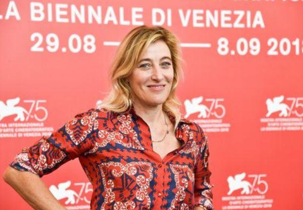 Photo of Nati il 16 novembre: l'attrice e regista torinese Valeria Bruni Tedeschi