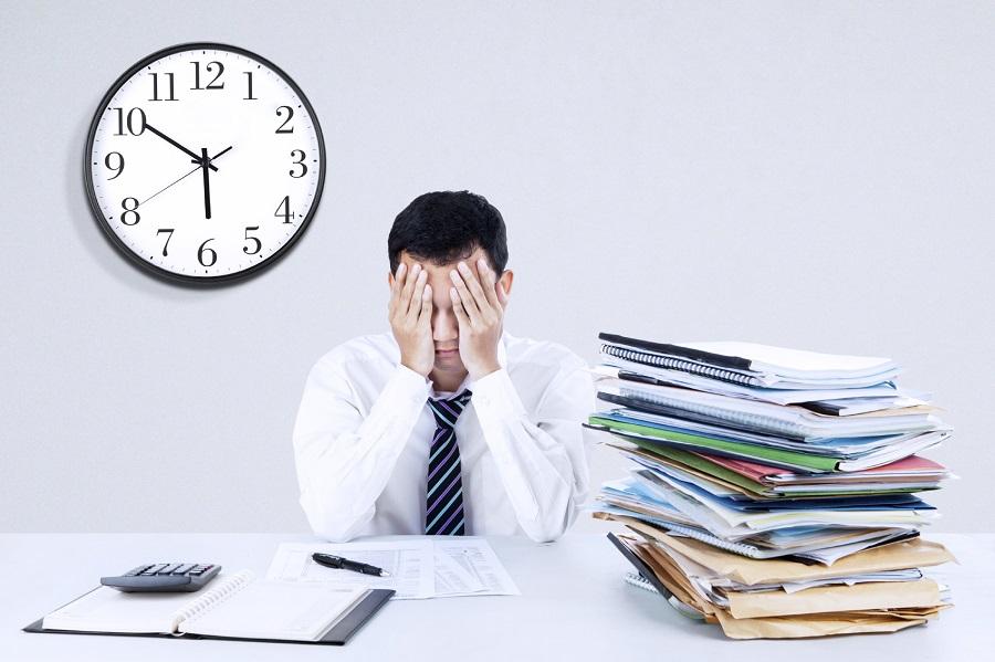 Photo of INCHIESTA. Torinesi stressati? Tutta colpa del lavoro e delle crescenti difficoltà economiche