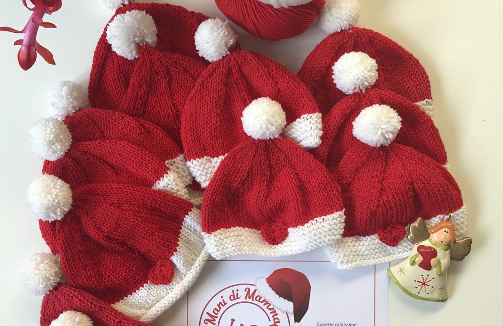 """Photo of L'associazione """"Mani di mamma"""" ha donato cappellini natalizi ai neonati del Mauriziano"""