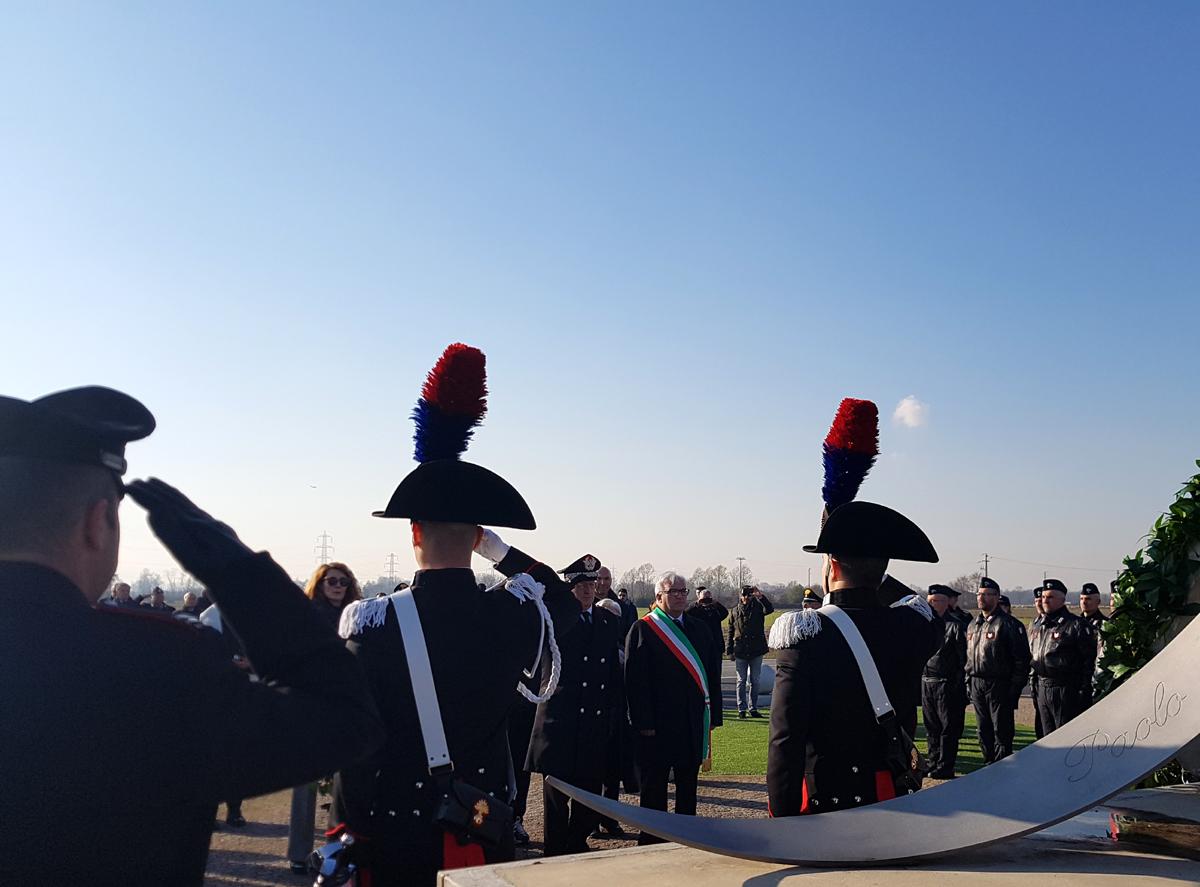 Photo of Volpiano, ricordati i carabinieri vittime dell'incidente elicotteristico