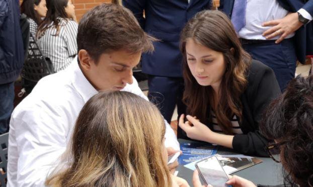 Photo of Da appiccio ad accannare: il linguaggio dei giovani raccolto in un volume